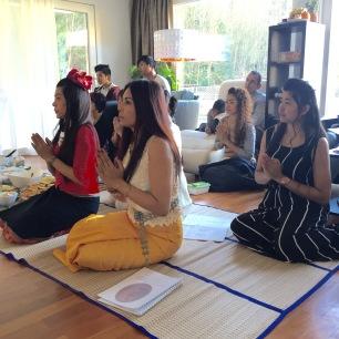Buddha_prayer_Pam